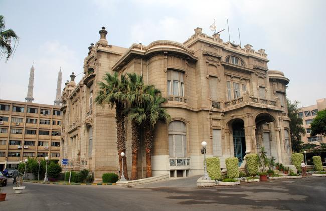 المبنى الإداري لجامعة عين شمس أحد أهم الجامعات المصرية