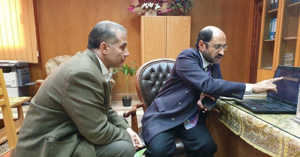 استعراض مزايا برنامج التصحيح الإلكتروني للاختبارات مع وكيل كلية الزراعة بجامعة كفر الشيخ