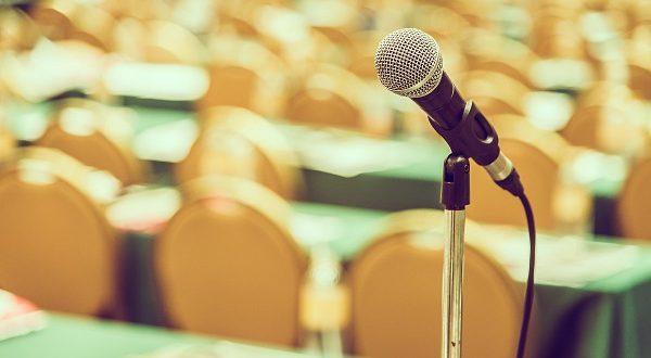 المؤتمرات الدولية والمحلية الأكاديمية - ميكروفون - كورونا