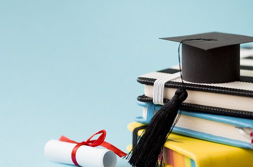 كيفية تطوير التعليم العالي والحصول على الاعتماد الأكاديمي في 2020